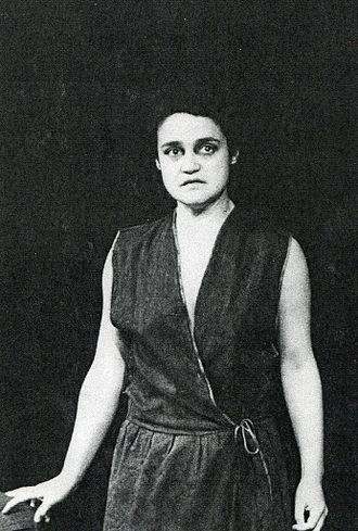 Griselda Gambaro - Angelique Rockas as Emma