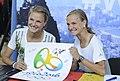Anna und Lisa Hahner bei der Olympia-Einkleidung Hannover 2016 (Martin Rulsch) 05.jpg
