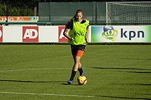 Anouk Dekker training with Netherlands in 2018.jpg