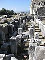 Antikes Theater in Milet (Türkei), Stützpfeiler der Skena.JPG