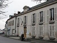 Artenay mairie 1.jpg