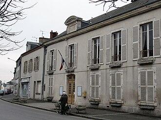 Artenay - Town hall