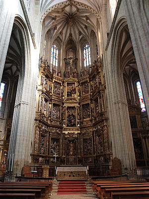 Astorga Cathedral - Cathedral altarpiece.
