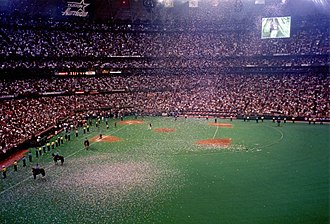Houston Astros - Final Astros regular season game in the Astrodome on October 3, 1999