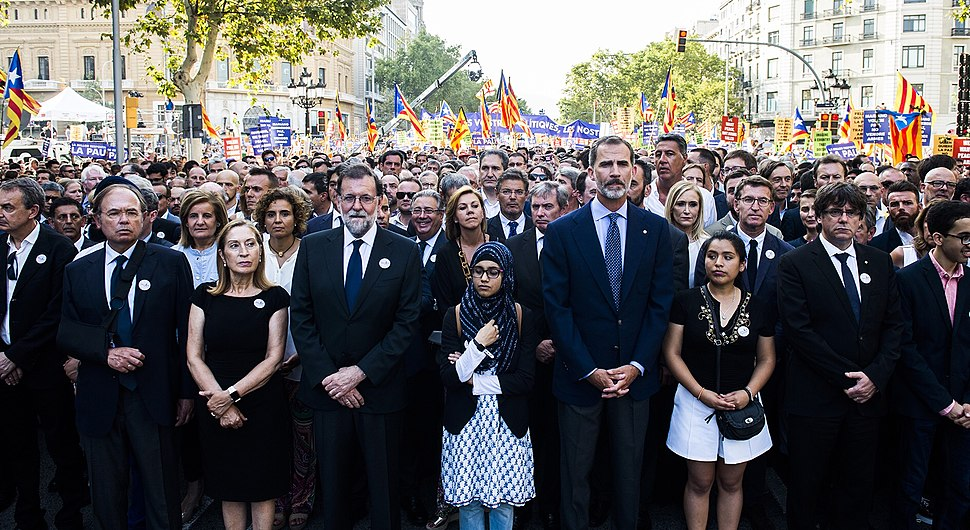 Atentados de Barcelona - Manifestación en apoyo a las víctimas de los atentados de Barcelona y Cambrils (02)