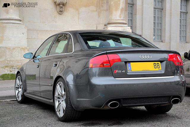 Audi RS4 (B7)