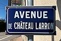Avenue de Château Larron, panneau de la voie.jpg