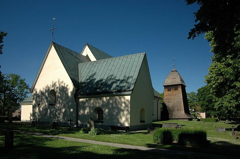 Fil:Badelunda kyrka, Västerås1002.jpg