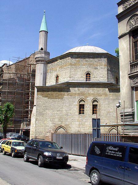 تصویری از مسجد بایراکلی بلگراد