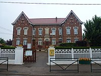Balinghem (Pas-de-Calais) mairie + école.JPG