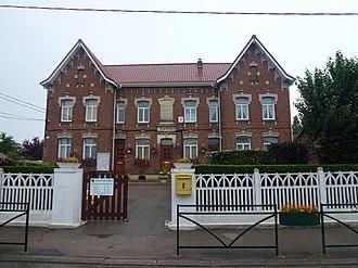 Balinghem - The town hall and school of Balinghem