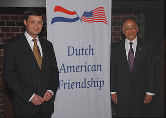 Roland Arnall - Arnall (right) with former Dutch Prime Minister Jan Peter Balkenende