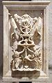 Bambaia, frammenti del monumento a gastone de foix, 1517-22, trofei 01.JPG