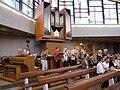 Band vor der Orgel, St. Konrad SP.JPG