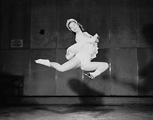 Barbara Ann Scott - Barbara Ann Scott - Dec 1947