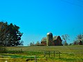 Barn and a Silo West of Baraboo - panoramio (1).jpg