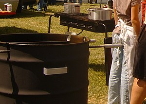 Barrel barbecue - Image: Barrel barbecue 2