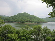 A picture of Batlava lake.