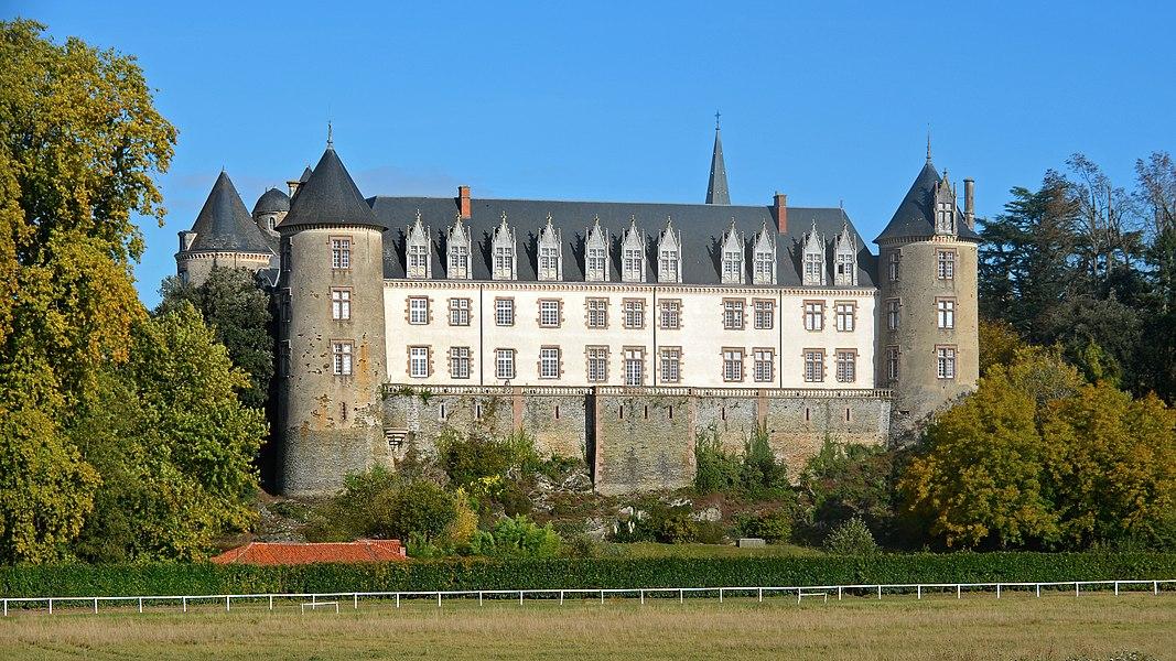 Castle, now flats - Beaupréau - Maine-et-Loire, France