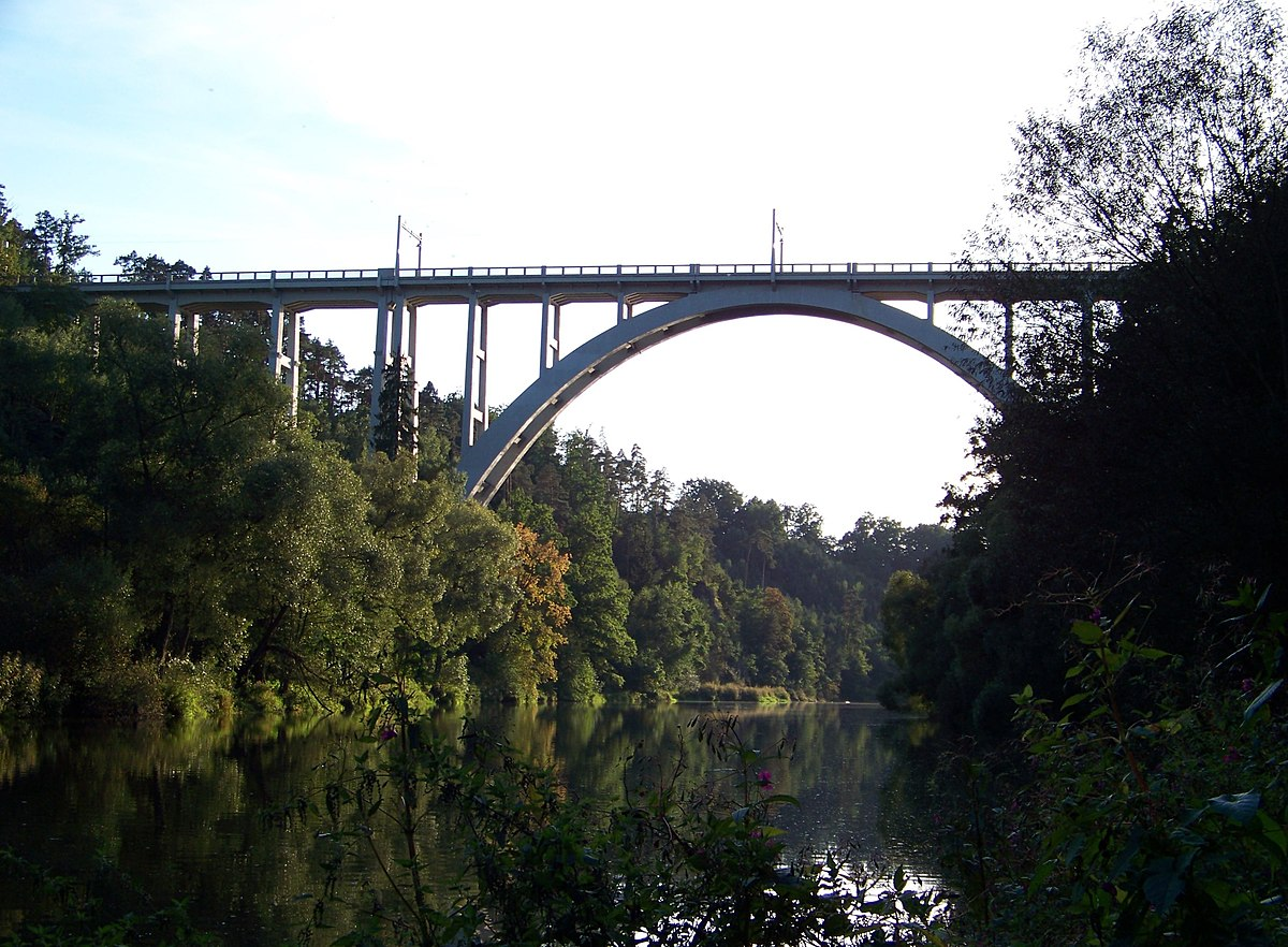 Bechyně Bridge - Wikipedia