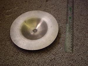 Bell cymbal - Underside