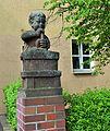 Berlin-Baumschulenweg Köpenicker Landstraße - Puttenskulpturen (4).JPG