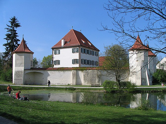 English: Castle Blutenburg, Munich, Germany De...