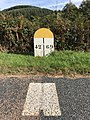 Borne indiquant la limite départementale entre Loire et Rhône - 1.jpg
