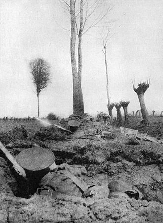 King's Regiment (Liverpool) - German forces advancing against the 4th King's on 12 June 1915.