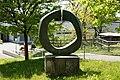 Bronzeplastik Grand Astre 1⁄3 (André Ramseyer 1966) 07.jpg
