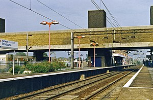 Broxbourne railway station - View S towards London in 1995