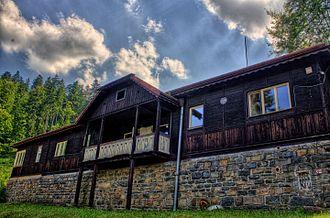 Staré Těchanovice - Image: Budova v Jánských koupelích
