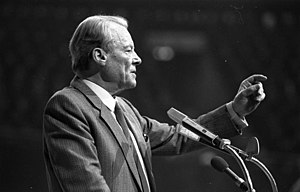 Willy Brandt - Willy Brandt talking at an SPD meeting in Dortmund, 1983