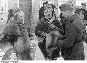 Sami history - Image: Bundesarchiv Bild 101I 764 0479 31A, Norwegen, Soldat mit Lappen