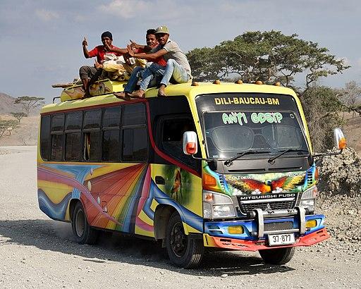 Bus, National Highway 1 (East Timor), 2018 (04)