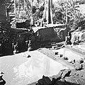COLLECTIE TROPENMUSEUM Badplaats bij de Pura Goa Gajah of Olifantsgrot TMnr 60030419.jpg