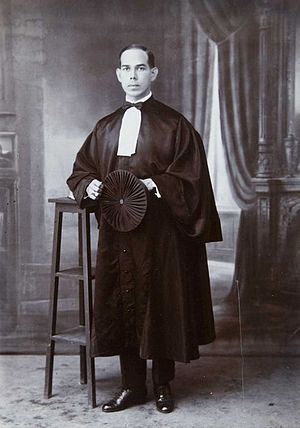 Bangil - Studio portrait of Henri Edmund Boissevain, the president of the Bangil Land Council in judicial gown,  August 18, 1924
