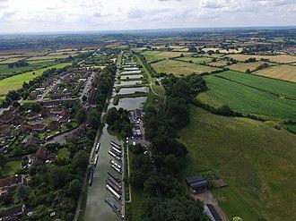 Caen Hill Locks - Caen Hill Locks from 400 feet, looking west