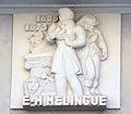 Caen hôtel Malherbe bas-relief Mélingue.JPG