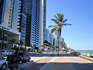 Calçadão e ciclovia da Praia de Boa Viagem - Recife, Pernambuco, Brasil