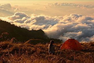 West Nusa Tenggara - Image: Camping above the clouds at Rinjani