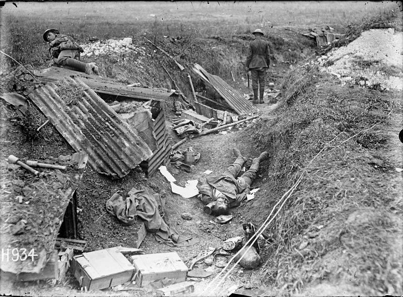File:Captured World War I German machine gun position, Grevillers, France (21610477616).jpg