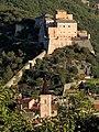 Castel san Giovanni e in primo piano il campanile di Santa Caterina a Finalborgo.jpg