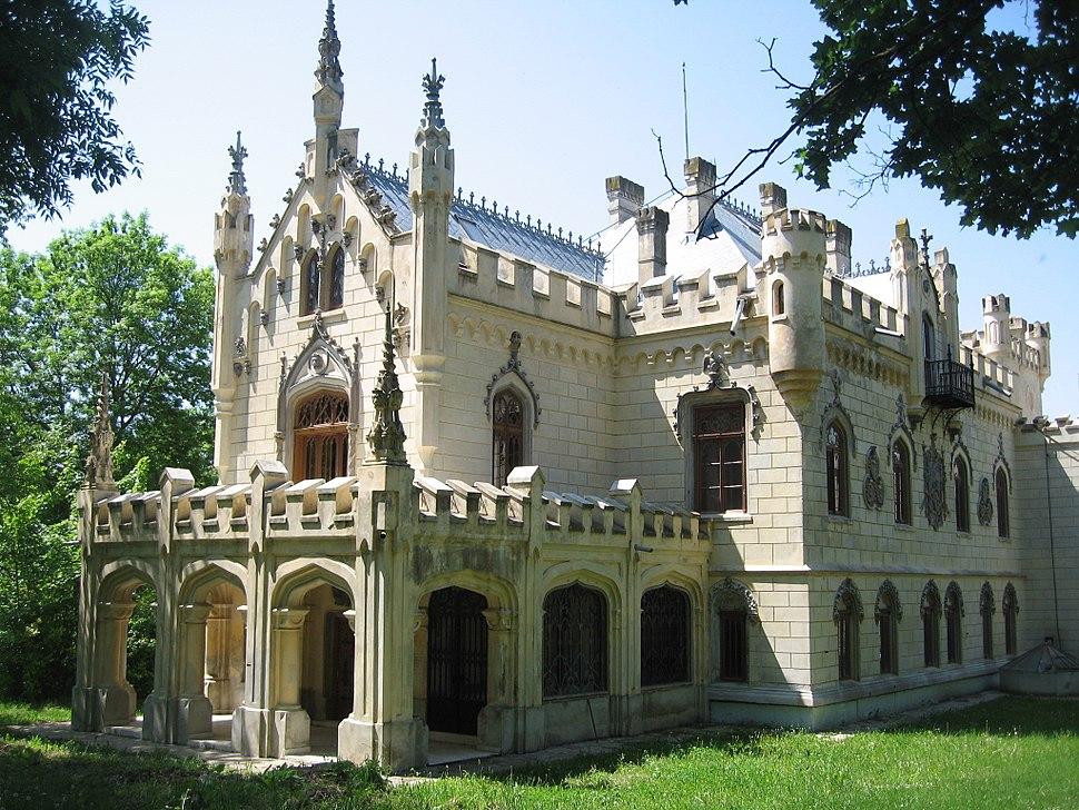 Castelul Sturdza din Miclăușeni3
