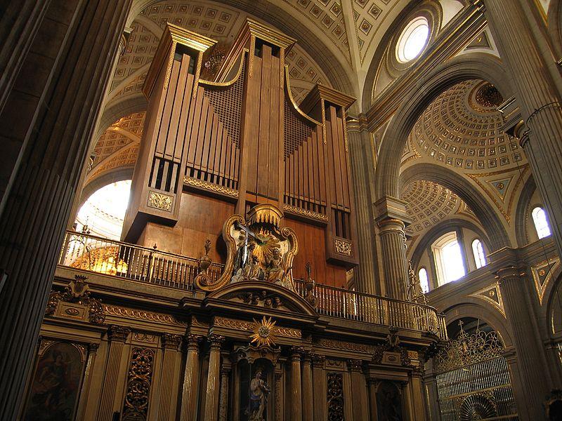 órgano de la catedral de Puebla