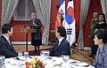 Cena en honor de la Presidenta de Corea del Sur (17058171899).jpg