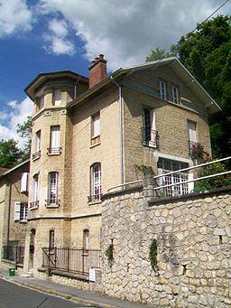 Champagne-sur-Oise (95), clos Patrix, maison de Claude Viseux, 22 rue d'Aire