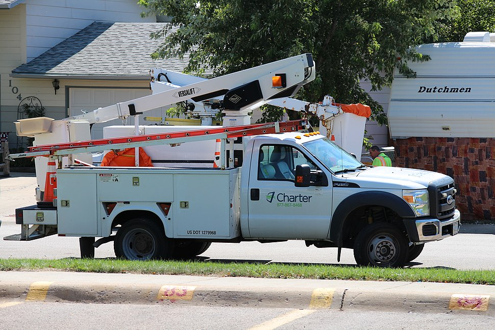 Charter Communications branded Versalift Ford F-450 Super Duty bucket truck in Gillette, Wyoming