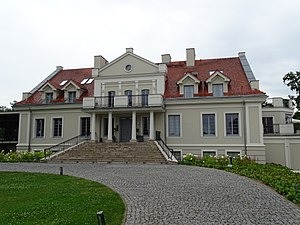 Chomiąża Szlachecka - The manor house, built in the second half of the 19th century.