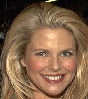 Christie Brinkley long-running contract with C...